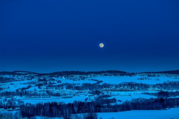 Månen over Tranby