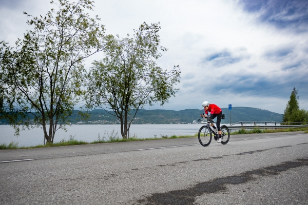 Tempo langs fjorden