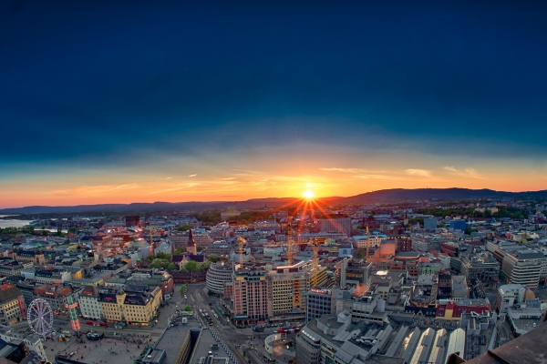 Solnedgang over Oslo
